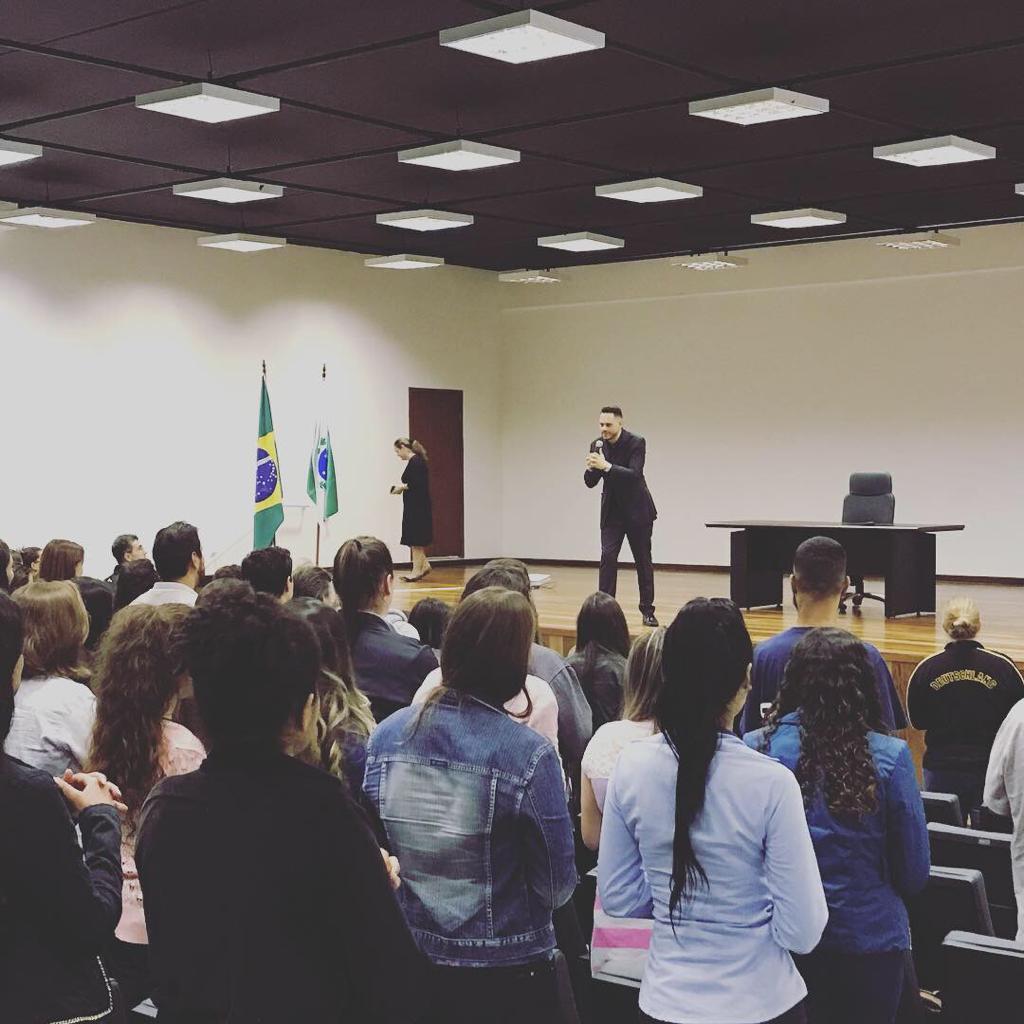 palestrante-oratória-heverson-barbosa-transformatória-fcu-coach